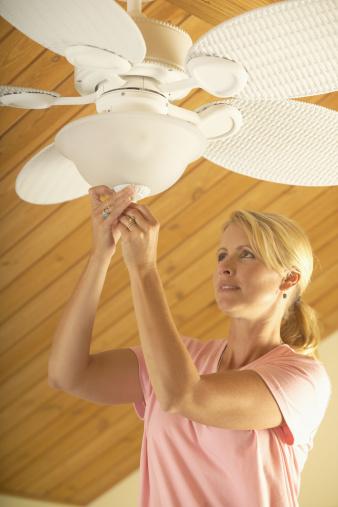 Five_Energy_Saving_Tips_for_Fall_Cook_Portable_Warehouses