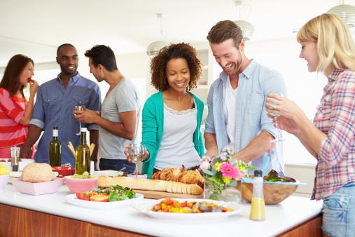 Tips_Make_Home_Entertaining_Easy_Fun_Cook_Portable_Warehouses