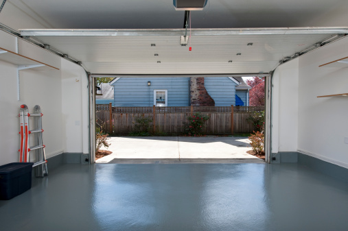 Get_Your_Garage_Ready_Spring_Simple_Steps_Cook_Portable_Warehouses