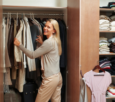 space-saving_tips_for_small_overflowing_closets_Cook_Portable_Warehouses