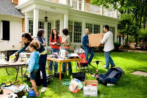 how_to_prepare_for_successful_yard_sale_Cook_Portable_Warehouses