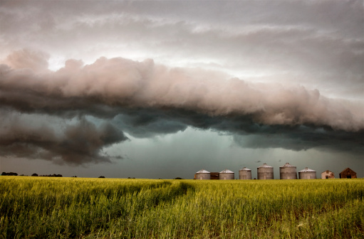 storage_shed_safe_stormy_weather_features_you_need_Cook_Portable_Warehouses