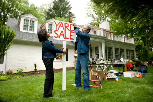 10_Tips_Have_Best_Yard_Sale_Cook_Portable_Warehouses