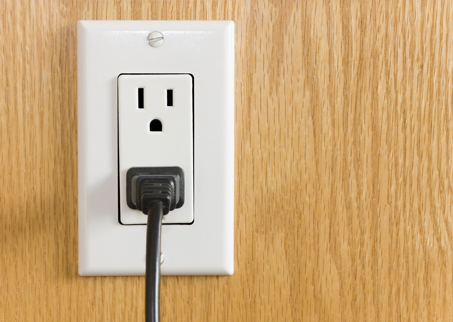 Electrical-outlet---AdobeStock_59788959