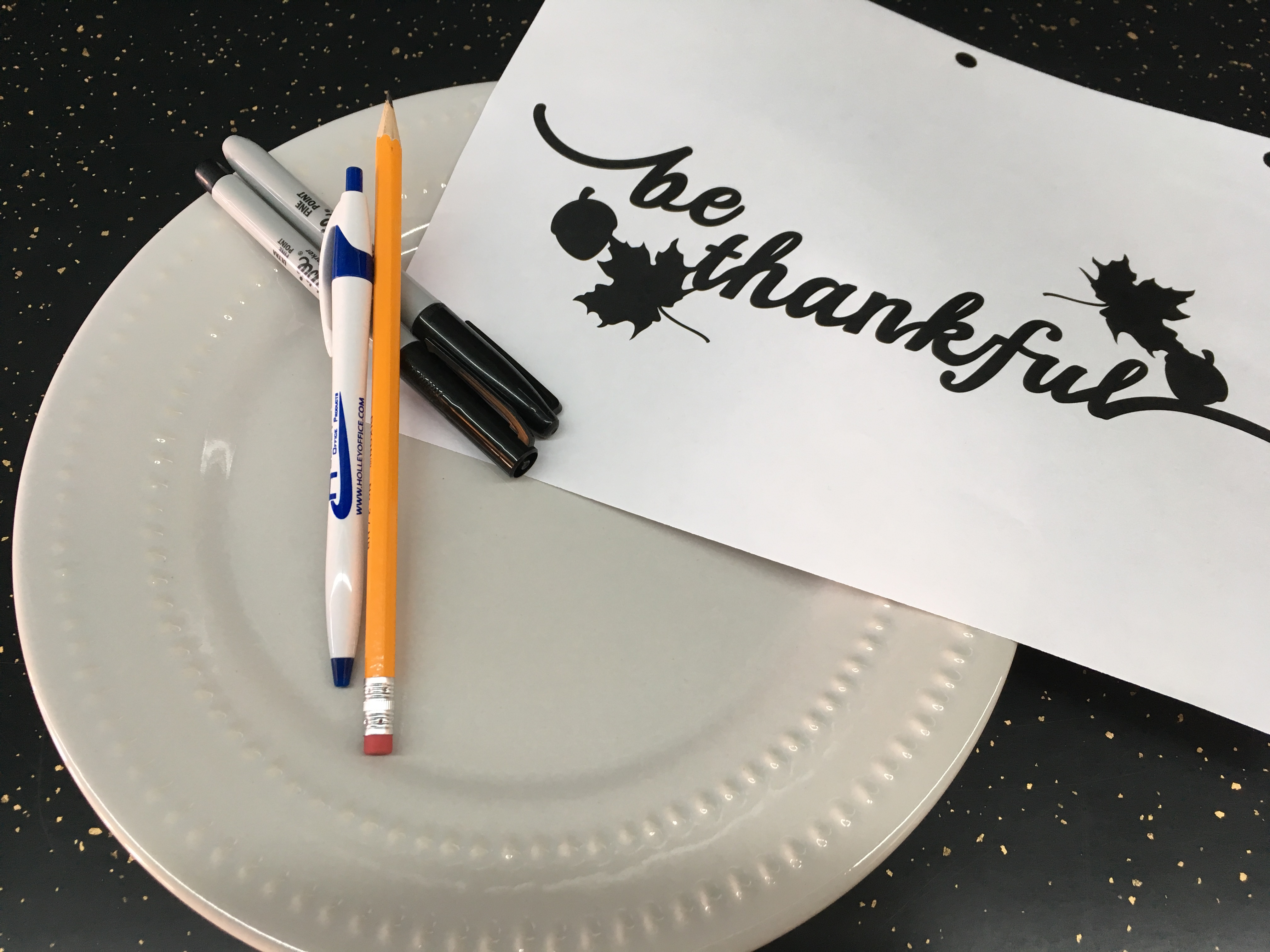Create Thanksgiving Hostess Gift + Cook Portable Warehouses