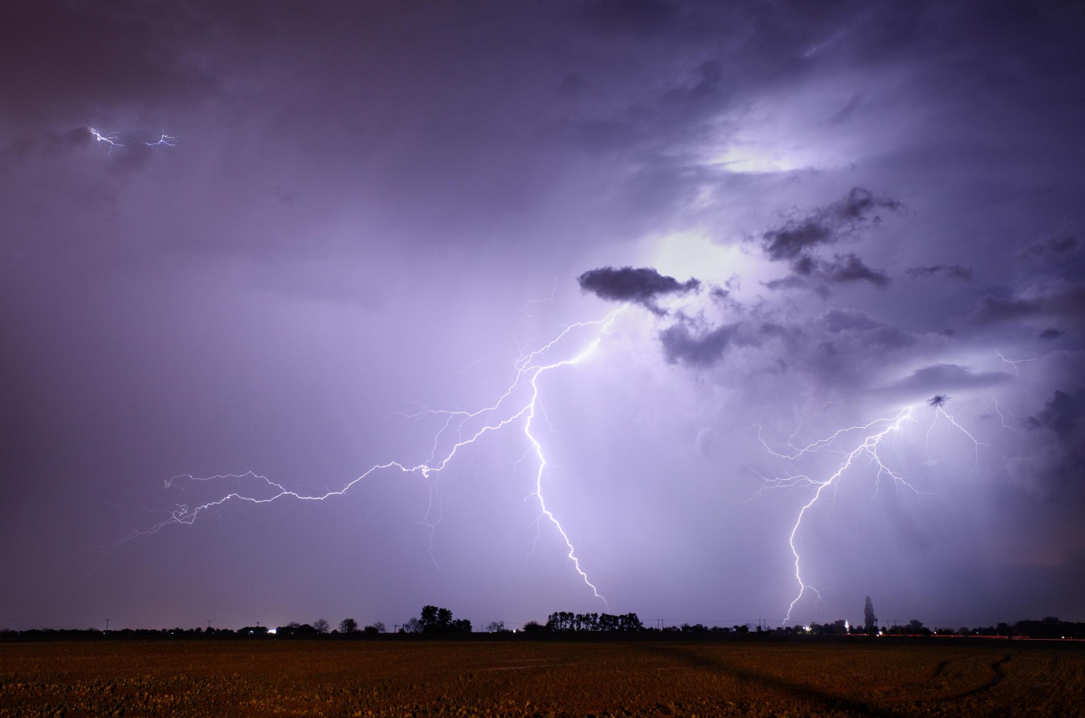 Lightning & Severe Weather