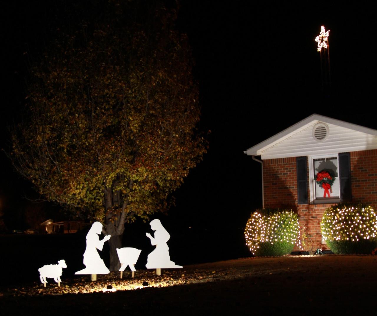 Nativity Scene DIY + Cook Portable Warehouses
